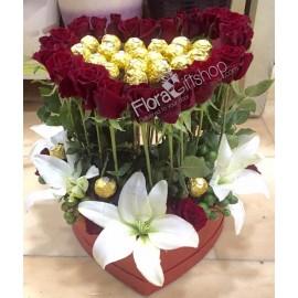 Golden Heart Roses Red Box